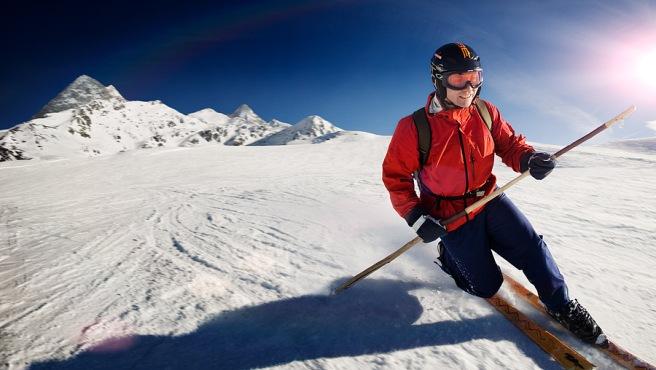 Telemark skiing in Kaltenbach, Zillertal, Austria.